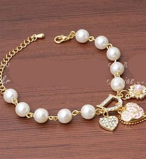 Sweet And Lovely Imitation Pearl Bracelet